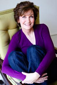 Elaine Callahan head shot